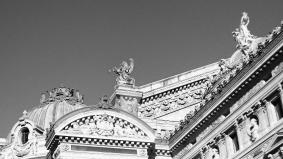 Opéra Garnier Paris (crédit photo @ Audrey S) La renommée retenant Pégase, bronze réalisé par Eugène-Louis Lequesne, 1867-1868